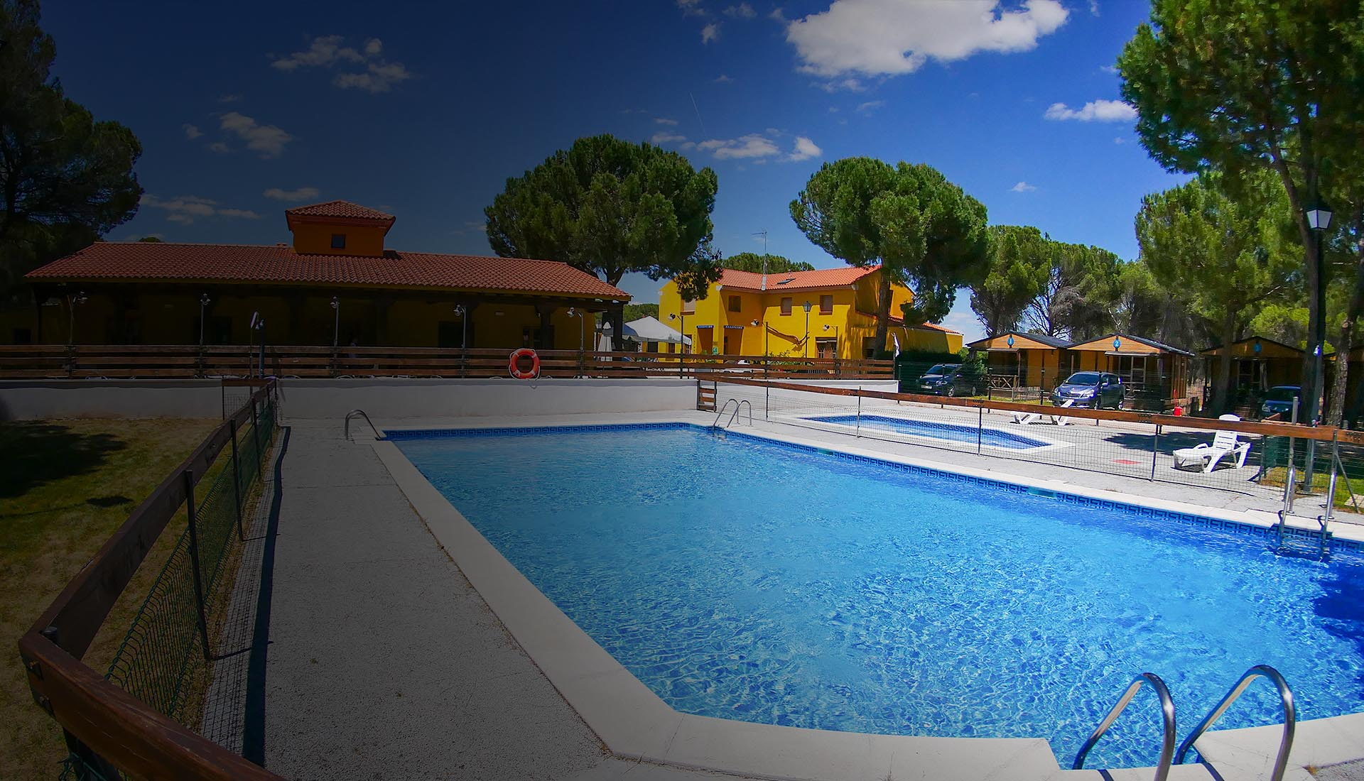 piscina, camping, peñafiel, valladolid, despedidas, ribera del duero, hotel, pension, fiestas de san roque, verano